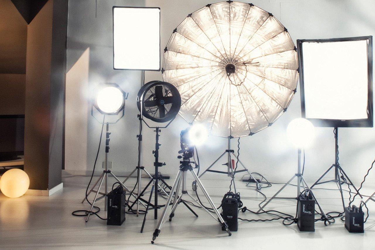 luci per noleggio studio fotografico a milano